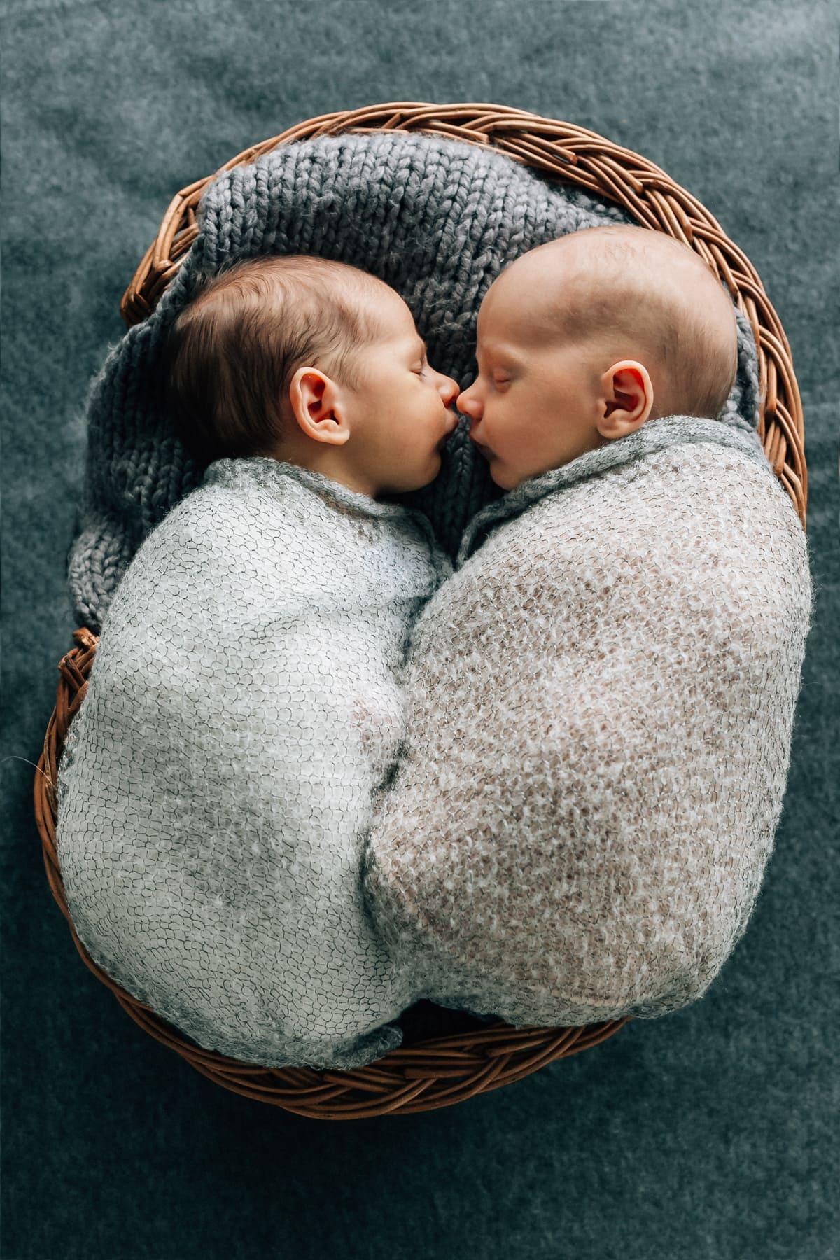 Babyshooting | Zwillinge | Homestory | Salzburg
