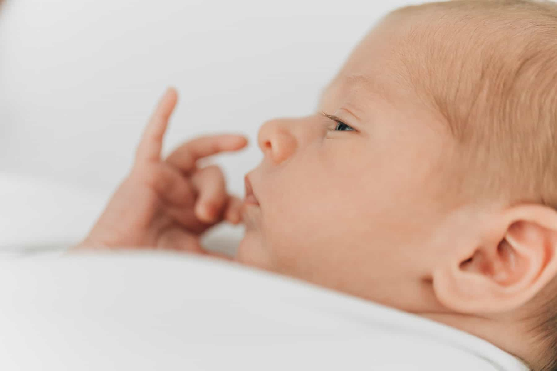 Fotos   Erstes Baby   Laufen